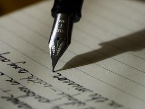 writing-1209121_960_720-cc-pixabay